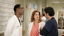"102468_6691 -- GREY'S ANATOMY - ""RAINDROPS KEEP FALLING ON MY HEAD"" (ABC/CRAIG SJODIN) ISAIAH WASHINGTON, KATE WALSH, PATRICK DEMPSEY"