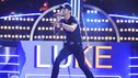 "THE 46TH ANNUAL CMA AWARDS - THEATRE - ""The 46th Annual CMA Awards"" airs live THURSDAY, NOVEMBER 1 (8:00-11:00 p.m., ET) on ABC live from the Bridgestone Arena in Nashville, Tennessee. (ABC/KATHERINE BOMBOY-THORNTON) LUKE BRYAN"