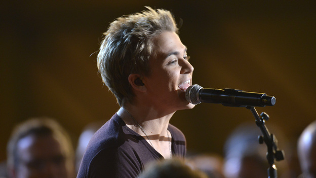 "THE 46TH ANNUAL CMA AWARDS - THEATRE - ""The 46th Annual CMA Awards"" airs live THURSDAY, NOVEMBER 1 (8:00-11:00 p.m., ET) on ABC live from the Bridgestone Arena in Nashville, Tennessee. (ABC/KATHERINE BOMBOY-THORNTON)HUNTER HAYES"