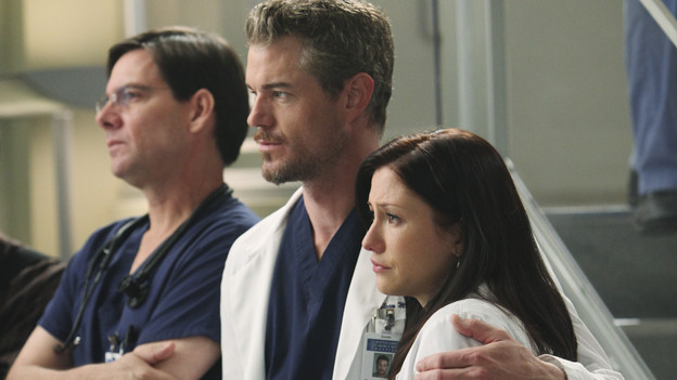 "GREY'S ANATOMY - ""Disarm"" - News of the incoming mass causalities after a gunman opens fire at a local college hits the staff hard when they must spring into action, even while their own wounds are still fresh; and Arizona does not receive a warm welcome home at the hospital, on ""Grey's Anatomy,"" THURSDAY, JANUARY 6 (9:00-10:01 p.m., ET) on the ABC Television Network. (ABC/ADAM LARKEY)ERIC DANE, CHYLER LEIGH"