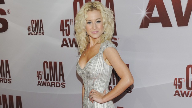 "THE 45th ANNUAL CMA AWARDS - RED CARPET ARRIVALS - ""The 45th Annual CMA Awards"" will broadcast live on ABC from the Bridgestone Arena in Nashville on WEDNESDAY, NOVEMBER 9 (8:00-11:00 p.m., ET). (ABC/JASON KEMPIN)KELLIE PICKLER"