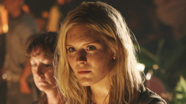 LOST - &quot;Adrift&quot; (ABC/MARIO PEREZ)MAGGIE GRACE