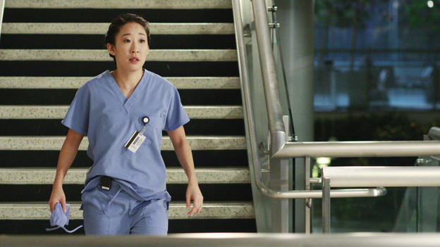 GREY'S ANATOMY - &quot;Blink&quot;- Mark flies Addison to Seattle to help with a difficult procedure on his pregnant daughter, Sloan, Owen questions Teddy's motives when she assigns Cristina the lead on a complicated surgery, and Derek's suspicions are raised when the Chief recruits Meredith to assist with a high profile operation on, &quot;Grey's Anatomy,&quot; THURSDAY, JANUARY 14 (9:00-10:01 p.m., ET) on the ABC Television Network. (ABC/RON TOM)SANDRA OH