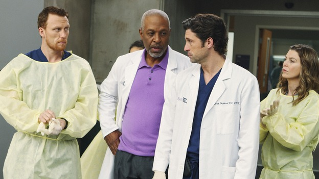"GREY'S ANATOMY - ""Wish You Were Here"" - Meredith, Derek, Owen and the Chief wait for their new patient, a serial killer on death row, on ""Grey's Anatomy,"" THURSDAY, JANUARY 8 (9:00-10:01 p.m., ET) on the ABC Television Network. (ABC/CRAIG SJODIN) KEVIN MCKIDD, JAMES PICKENS JR., PATRICK DEMPSEY, ELLEN POMPEO"