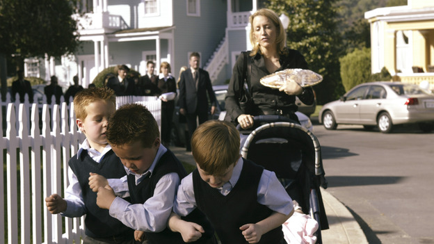 "DESPERATE HOUSEWIVES -  (ABC/PETER ""HOPPER"" STONE) FELICITY HUFFMAN"
