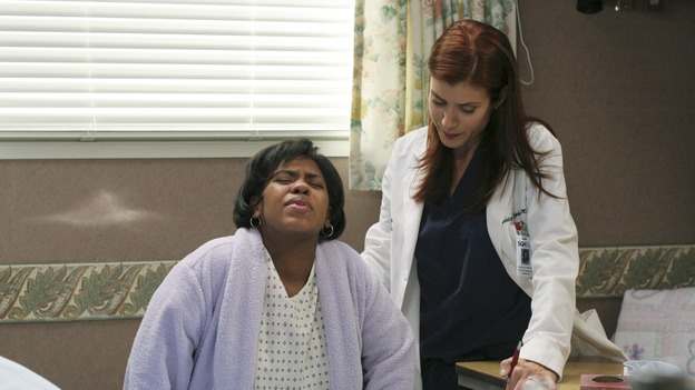 "GREY'S ANATOMY - ""It's the End of the World (As We Know It)"" (ABC/KAREN NEAL)CHANDRA WILSON, KATE WALSH"