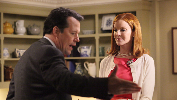 "DESPERATE HOUSEWIVES - ""Women and Death"" (ABC/DANNY FELD)STEVEN CULP, MARCIA CROSS"