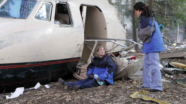"GREY'S ANATOMY - ""Flight"" - Faced with a life threatening situation, the doctors must fight to stay alive while trying to save the lives of their peers; Bailey and Ben make a decision regarding their relationship; and Teddy is presented with a tempting offer. Meanwhile, Richard plans a special dinner for the residents, on the Season Finale of ""Grey's Anatomy,"" THURSDAY, MAY 17 (9:00-10:01 p.m., ET) on the ABC Television Network. (ABC/CRAIG SJODIN)JAMES LEGROS, JESSICA CAPSHAW, SANDRA OH"