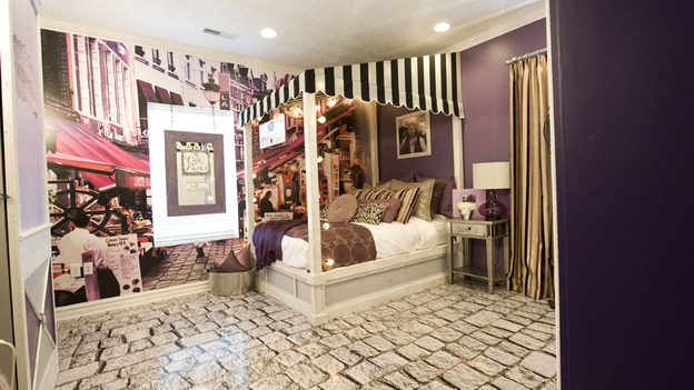"EXTREME MAKEOVER HOME EDITION - ""Hill Family,"" - Girl's Bedroom  Picture, on  ""Extreme Makeover Home Edition,"" Sunday, April 24th     (8:00-9:00 p.m.  ET/PT) on the ABC Television Network."