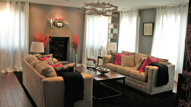 EXTREME MAKEOVER HOME EDITION - &quot;Koepke Family,&quot; - Living Room, on &quot;Extreme Makeover Home Edition,&quot; Sunday, November 19th on the ABC Television Network.