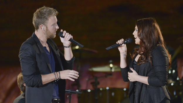 "THE 46TH ANNUAL CMA AWARDS - THEATRE - ""The 46th Annual CMA Awards"" airs live THURSDAY, NOVEMBER 1 (8:00-11:00 p.m., ET) on ABC live from the Bridgestone Arena in Nashville, Tennessee. (ABC/KATHERINE BOMBOY-THORNTON)CHARLES KELLEY AND HILLARY SCOTT OF LADY ANTEBELLUM"