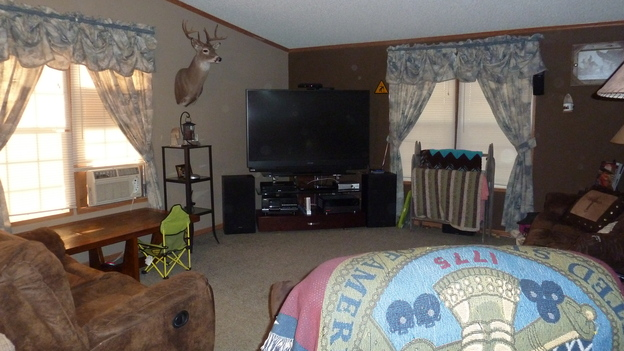 &nbsp;EXTREME MAKEOVER HOME EDITION - Before Photo, &quot;Harris Family,&quot; on &quot;Extreme Makeover Home Edition,&quot; Monday, December 10th (8:00-10:00 p.m. ET/PT) on the ABC Television Network.
