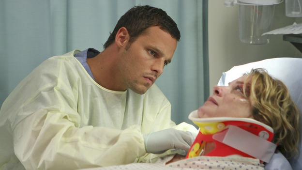 "GREY'S ANATOMY - ""INTO YOU LIKE A TRAIN"" (ABC/MICHAEL DESMOND)JUSTIN CHAMBERS, CYNTHIA ETTINGER"