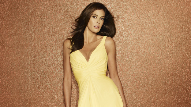 "DESPERATE HOUSEWIVES - Teri Hatcher stars as Susan Mayer in the ABC Television Network's ""Desperate Housewives."" (ABC/RANDEE ST. NICHOLAS)"