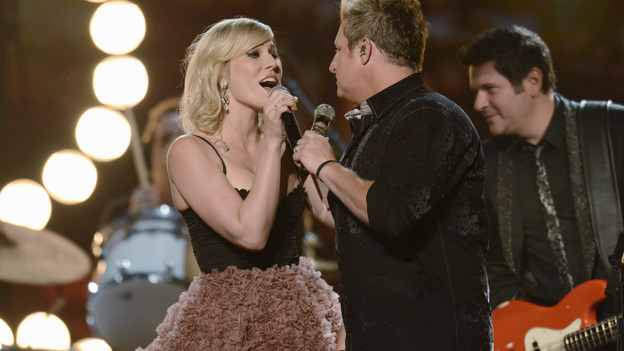"THE 45th ANNUAL CMA AWARDS - THEATRE - ""The 45th Annual CMA Awards"" broadcast live on ABC from the Bridgestone Arena in Nashville on WEDNESDAY, NOVEMBER 9 (8:00-11:00 p.m., ET). (ABC/KATHERINE BOMBOY-THORNTON)NATASHA BEDINGFIELD, RASCAL FLATTS"