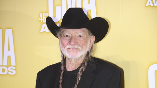 "THE 46TH ANNUAL CMA AWARDS - RED CARPET ARRIVALS - ""The 46th Annual CMA Awards"" airs live THURSDAY, NOVEMBER 1 (8:00-11:00 p.m., ET) on ABC live from the Bridgestone Arena in Nashville, Tennessee. (ABC/SARA KAUSS)WILLIE NELSON"