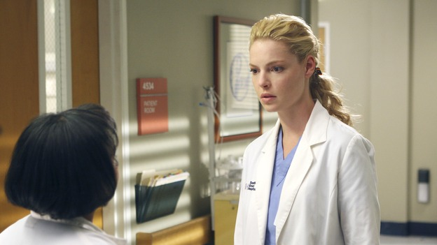 "GREY'S ANATOMY - ""Six Days"" - After a successful operation on his heart, George's father undergoes surgery for his cancer, Thatcher Grey visits Seattle Grace in order to see his new granddaughter, and Meredith discovers that Derek has trouble sleeping soundly, on ""Grey's Anatomy,"" THURSDAY, JANUARY 4 (9:00-10:01 p.m., ET) on the ABC Television Network. (ABC/MICHAEL DESMOND)CHANDRA WILSON, KATHERINE HEIGL"