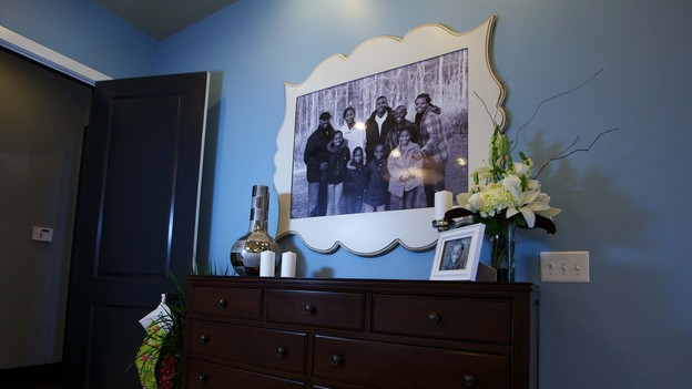 EXTREME MAKEOVER HOME EDITION - Master Bedroom Photo, &quot;Friday Family,&quot; on &quot;Extreme Makeover Home Edition,&quot; Monday, December 17th (8:00-10:00 p.m. ET/PT) on the ABC Television Network.