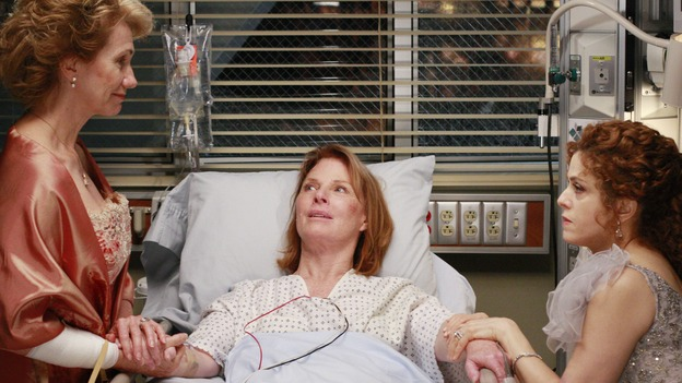"GREY'S ANATOMY - ""Dream a Little Dream of Me"" - On the two-hour season premiere of ""Grey's Anatomy,"" Meredith and Derek learn that ""happily ever after"" isn't easy, a military doctor who brings in a trauma patient catches Cristina's eye, and the Chief and his staff reel at the news that Seattle Grace is no longer nationally ranked as a top-tier teaching hospital, on ""Grey's Anatomy,"" THURSDAY, SEPTEMBER 25 (9:00-11:00 p.m., ET) on the ABC Television Network. (ABC/RON TOM)KATHY BAKER, MARIETTE HARTLEY, BERNADETTE PETERS"