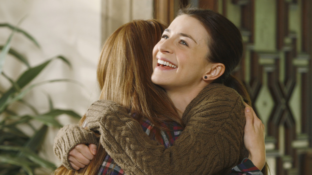 "PRIVATE PRACTICE - ""The Breaking Point"" - In the second hour or a special two-hour edition of ABC's ""Private Practice,"" THURSDAY, NOVEMBER 17 (9:00-11:00 p.m., ET), entitled ""The Breaking Point,"" Amelia makes the hard decision to enter a rehab facility, and finds strength in an 18 year-old girl, as they both go through the painful detox process. Meanwhile, Cooper's strengthening bond with his son is tested by his allegiance to a patient in need, Pete and Violet's marriage reaches a tipping point, and Addison collapses from her rigorous fertility treatments. (ABC/VIVIAN ZINK)DEBBY RYAN, CATERINA SCORSONE"