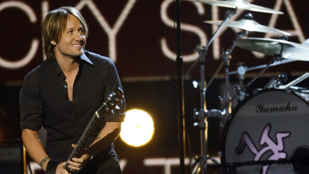 "THE 42ND ANNUAL CMA AWARDS - THEATRE - ""The 42nd Annual CMA Awards"" aired live from the Sommet Center in Nashville, WEDNESDAY, NOVEMBER 12 (8:00-11:00 p.m., ET) on the ABC Television Network. (ABC/CHRIS HOLLO)KEITH URBAN"