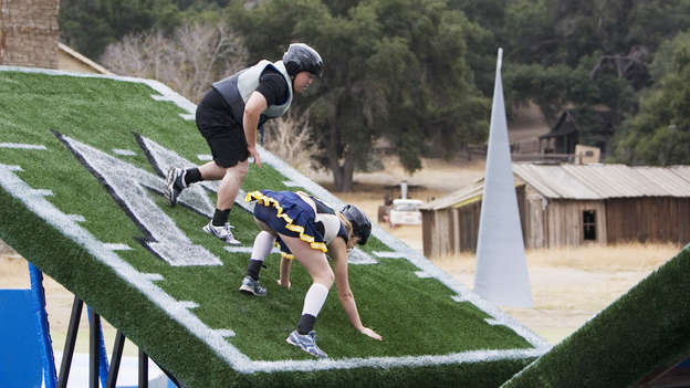 abc blind date wipeout Comedy jill wagner, josh calderon twelve couples on a first date take on the obstacle course wipeout blind date poster twelve couples on a first date.