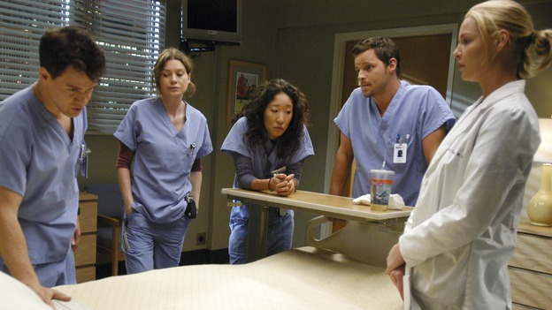 "GREY'S ANATOMY - ""Let the Truth Sting"" - The new interns are dazzled by the skill level of fellow intern George, while Lexie helps keep his ""repeater"" status a secret; Meredith half-heartedly helps Lexie with her first emergency patient; Sloan and Richard attempt a radical, new surgery to save a woman's ability to speak; and George is compelled to tell Callie of his past indiscretion with Izzie, on ""Grey's Anatomy,"" THURSDAY, OCTOBER 11 (9:00-10:01 p.m., ET) on the ABC Television Network.  (ABC/GALE ADLER)T.R. KNIGHT, ELLEN POMPEO, SANDRA OH, JUSTIN CHAMBERS, KATHERINE HEIGL"
