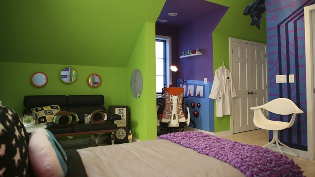 "EXTREME MAKEOVER HOME EDITION - ""Anderson Family,""  - Boy's Bedroom    Picture, on ""Extreme Makeover Home Edition,"" Sunday, December 5th      (8:00-9:00 p.m. ET/PT) on the ABC Television Network."
