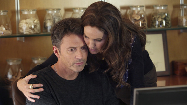 PRIVATE PRACTICE - &quot;Can't Find My Way Back Home&quot; - Despite how Charlotte is choosing to deal with the aftermath of her sexual assault, her fellow doctors think they know what's best, teaming up to pursue criminal charges against her attacker. Pete gets a surprise visitor, his estranged brother, who has come to ask Pete to help release their sick mother from prison, on &quot;Private Practice,&quot; THURSDAY, NOVEMBER 18 (10:01-11:00 p.m., ET) on the ABC Television Network. (ABC/DANNY FELD)TIM DALY, AMY BRENNEMAN