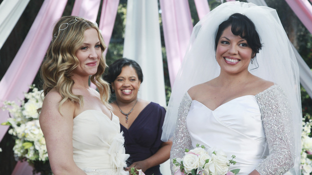 "GREY'S ANATOMY - ""White Wedding"" - As Callie and Arizona's wedding approaches, the couple quickly realize that the day they've been looking forward to is not turning out the way they'd envisioned. Meanwhile Alex continues to make the other residents jealous as he appears to be the top contender for Chief Resident, Meredith and Derek make a decision that will change their lives forever, and Dr. Perkins presents Teddy with a very tempting proposition, on Grey's Anatomy,"" THURSDAY, MAY 5 (9:00-10:01 p.m., ET) on the ABC Television Network. (ABC/RICHARD CARTWRIGHT)JESSICA CAPSHAW, CHANDRA WILSON, SARA RAMIREZ"