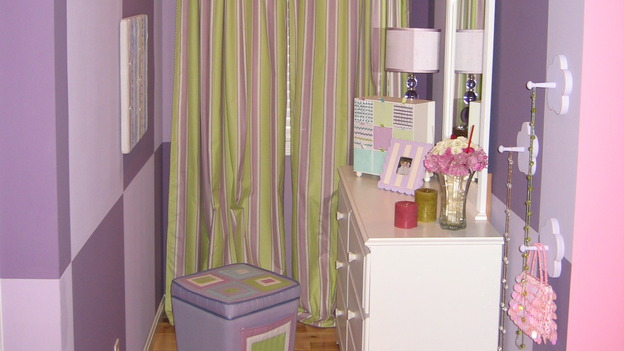 "EXTREME MAKEOVER HOME EDITION - ""Farina Family,"" - Girls' Bedroom Detail, on ""Extreme Makeover Home Edition,"" Sunday, November 12th on the ABC Television Network."