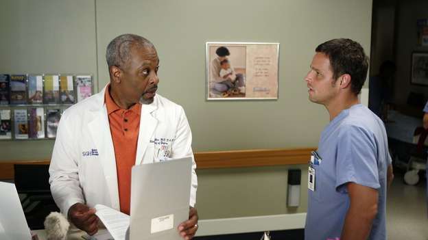 103277_6848 -- GREY'S ANATOMY - (ABC/CRAIG SJODIN)JAMES PICKENS, JR., JUSTIN CHAMBERS