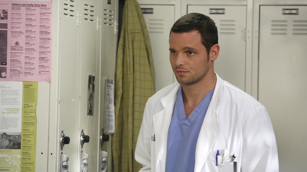 GREY'S ANATOMY - &quot;Great Expectations&quot; - While rumors of the Chief's departure spread among the hospital staff, Bailey proposes the creation of a free clinic, and a Seattle Grace doctor receives a proposal of a different sort, on &quot;Grey's Anatomy,&quot; THURSDAY, JANUARY 25 (9:00-10:01 p.m., ET) on the ABC Television Network. (ABC/DANNY FELD)JUSTIN CHAMBERS