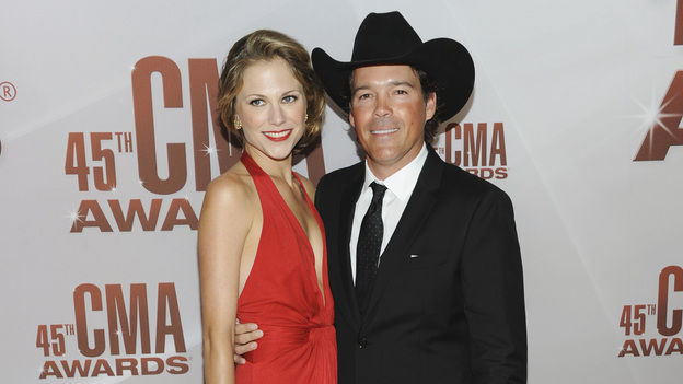 "THE 45th ANNUAL CMA AWARDS - RED CARPET ARRIVALS - ""The 45th Annual CMA Awards"" will broadcast live on ABC from the Bridgestone Arena in Nashville on WEDNESDAY, NOVEMBER 9 (8:00-11:00 p.m., ET). (ABC/JASON KEMPIN)CLAY WALKER"