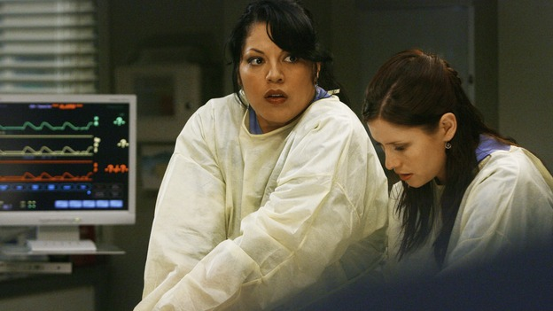 "GREY'S ANATOMY - ""Now or Never"" - Drs. Callie Torres and Lexie Grey work on patient ""John Doe,"" on ""Grey's Anatomy,"" THURSDAY, MAY 14 (9:00-11:00 p.m., ET) on the ABC Television Network. SARA RAMIREZ, CHYLER LEIGH"
