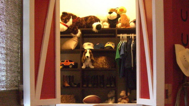 "EXTREME MAKEOVER HOME EDITION - ""Marshall Family,"" - Closet, on ""Extreme Makeover Home Edition,"" Sunday, October 18th (8:00-9:00 p.m. ET/PT) on the ABC Television Network."