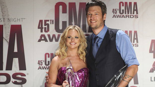 "THE 45th ANNUAL CMA AWARDS - GENERAL - ""The 45th Annual CMA Awards"" broadcast live on ABC from the Bridgestone Arena in Nashville on WEDNESDAY, NOVEMBER 9 (8:00-11:00 p.m., ET). (ABC/SARA KAUSS)MIRANDA LAMBERT, BLAKE SHELTON"