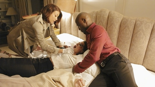 PRIVATE PRACTICE - &quot;Worlds Apart&quot; - Pete's girlfriend, Meg, returns to Los Angeles and notices that Pete and Violet are considerably closer; Kevin questions the direction he and Addison are headed in as a couple; Cooper treats a young diabetic boy with a mysterious past; and Charlotte and her team of Pacific Wellcare doctors continue to siphon business away from Oceanside Wellness, on &quot;Private Practice,&quot; WEDNESDAY, DECEMBER 17 (9:00-10:01 p.m., ET) on the ABC Television Network. (ABC/RICHARD CARTWRIGHT)KATE WALSH, GINNY WEIRICK, TAYE DIGGS