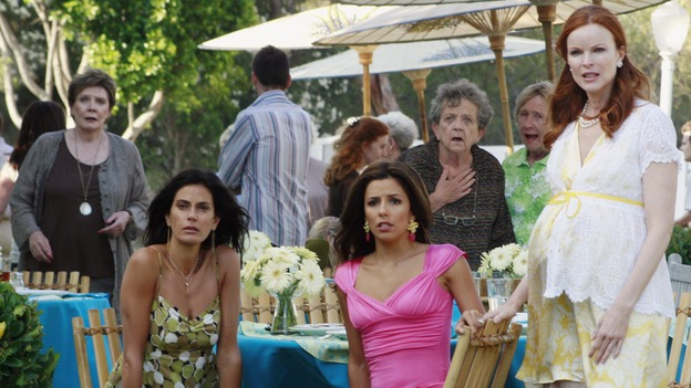 "DESPERATE HOUSEWIVES - ""Now You Know"" - Susan Mayer, Gaby Solis, Mrs. McCluskey and Bree Hodge"