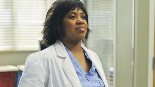"GREY'S ANATOMY - ""There's No 'I' in Team"" - Dr. Miranda Bailey, obviously pleased with herself, on ""Grey's Anatomy,"" THURSDAY, OCTOBER 23 (9:00-10:01 p.m., ET) on the ABC Television Network.  (ABC/ERIC MCCANDLESS) CHANDRA WILSON"