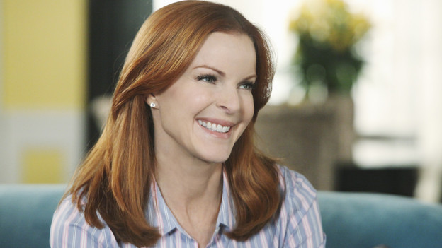 "DESPERATE HOUSEWIVES - ""Assassins"" - Susan's life hangs in the balance after being trampled by the rioting mob on Wisteria Lane; the fate of Paul Young is revealed following the aftermath of the riot, but who shot him?; Keith moves in with Bree but is shocked when Orson pays a surprise visit; Gaby finds it difficult to purge all traces of Grace from her life in order to repair her relationship with Juanita; and Renee wrestles with telling Lynette the truth about her past with Tom, on ""Desperate Housewives,"" SUNDAY, JANUARY 2 (9:00-10:01 p.m., ET) on the ABC Television Network. (ABC/DANNY FELD)MARCIA CROSS"