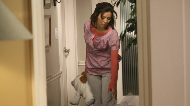 "DESPERATE HOUSEWIVES - ""Desperate Housewives"" concludes the season in fitting fashion with a dramatic two-hour Season Finale, SUNDAY, MAY 18 (9:00-11:00 p.m, ET) on the ABC Television Network. In the second hour, ""Free"" (10:00-11:00 p.m.), Five years later, Gaby becomes a mommy. (ABC/DANNY FELD) EVA LONGORIA PARKER"