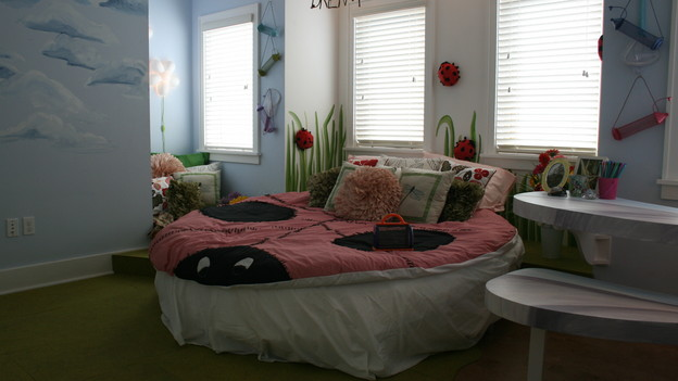 "EXTREME MAKEOVER HOME EDITION - ""Huber Family,"" - Girl's Bedroom, on ""Extreme Makeover Home Edition,"" Sunday, September 27th on the ABC Television Network."