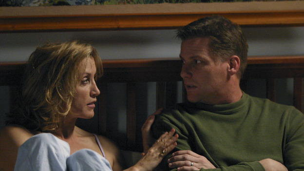 "DESPERATE HOUSEWIVES - ""YOUR FAULT"" (ABC/SCOTT GARFIELD) FELICITY HUFFMAN, DOUG SAVANT"