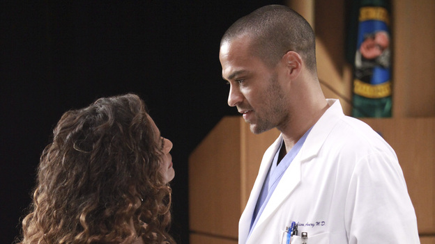 "GREY'S ANATOMY - ""Loss, Love and Legacy"" - The residents try their hardest to impress surgical great Catherine Avery-who also happens to be Jackson's mother-when she arrives at Seattle Grace to perform a groundbreaking transplant surgery; Arizona and Alex find their hands tied with a confidentiality issue when a familiar patient comes into the ER; meanwhile, a love-struck Teddy throws a dinner party for the couples, and Bailey makes a decision regarding her love life, on Grey's Anatomy, THURSDAY, OCTOBER 13 (9:00-10:02 p.m., ET) on the ABC Television Network. (ABC/RICHARD CARTWRIGHT)DEBBIE ALLEN, JESSE WILLIAMS"