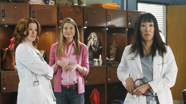 "GREY'S ANATOMY - ""If/Then"" - As Meredith puts Zola to bed and falls asleep, she begins to wonder -- what if her mother had never had Alzheimer's and she'd had loving, supportive parents? The reverberations of a happy Meredith Grey change the world of Seattle Grace as we know it. What if she had never met Derek in that bar and he had never separated from Addison? What if Callie and Owen had become a couple long before she met Arizona? And what if Bailey never evolved from the meek intern she once was? ""Grey's Anatomy"" airs THURSDAY, FEBRUARY 2 (9:00-10:02 p.m., ET) on the ABC Television Network. (ABC/VIVIAN ZINK) SARAH DREW, ELLEN POMPEO, SANDRA OH"