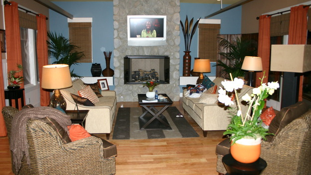 EXTREME MAKEOVER HOME EDITION - &quot;Ripatti Family,&quot; - Living Room, on &quot;Extreme Makeover Home Edition,&quot; Sunday, December 10th on the ABC Television Network.