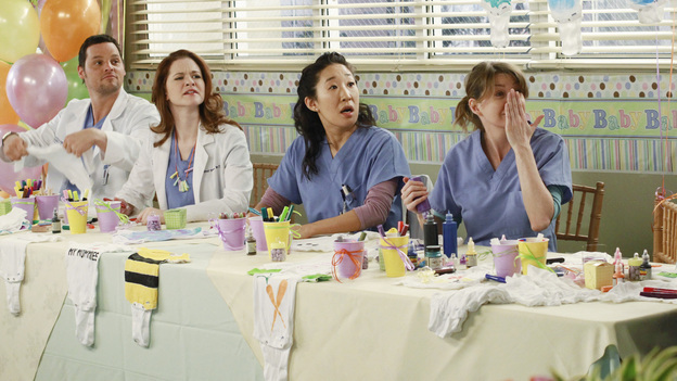 GREY'S ANATOMY - &quot;This Is How We Do It&quot; - Richard is desperate for Derek and Meredith to accept Adele into their Alzheimer's trial, but will Adele stand in her own way? Meanwhile Mark and Arizona have conflicting ideas of the kind of baby shower Callie wants, Teddy is freaked out when Henry has another health complication -- leaving them both a little exposed -- and the competitiveness amongst the residents for the Chief Resident position is amplified when Richard receives the green light for his diabetes clinical trial, on &quot;Grey's Anatomy,&quot; THURSDAY, MARCH 24 (9:00-10:01 p.m., ET) on the ABC Television Network. (ABC/RON TOM)JUSTIN CHAMBERS, SARAH DREW, SANDRA OH, ELLEN POMPEO
