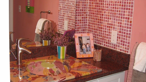 "EXTREME MAKEOVER HOME EDITION - ""Farina Family,"" - Bathroom, on ""Extreme Makeover Home Edition,"" Sunday, November 12th on the ABC Television Network."