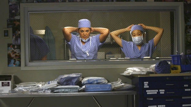 "GREY'S ANATOMY - ""Great Expectations"" - While rumors of the Chief's departure spread among the hospital staff, Bailey proposes the creation of a free clinic, and a Seattle Grace doctor receives a proposal of a different sort, on ""Grey's Anatomy,"" THURSDAY, JANUARY 25 (9:00-10:01 p.m., ET) on the ABC Television Network. (ABC/SCOTT GARFIELD)SARA RAMIREZ, SANDRA OH"